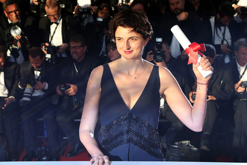 Trionfo a Cannes per Le meraviglie di Alice Rohrwacher