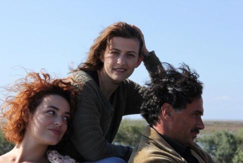 Bota Café: i fantasmi dell'Albania contemporanea