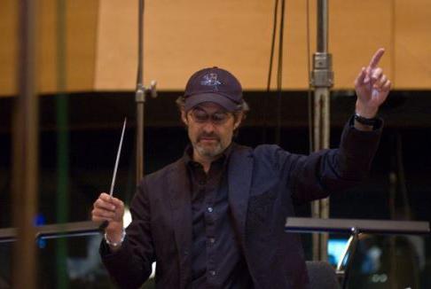Addio a James Horner, compositore della colonna sonora di Titanic