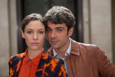 Poli Opposti: arriva il trailer del film con Luca Argentero e Sarah Felberbaum
