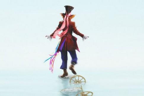 Alice through the looking glass: prime immagini dalla Disney
