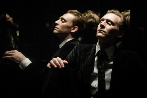 High-Rise: online il trailer del film con Tom Hiddleston