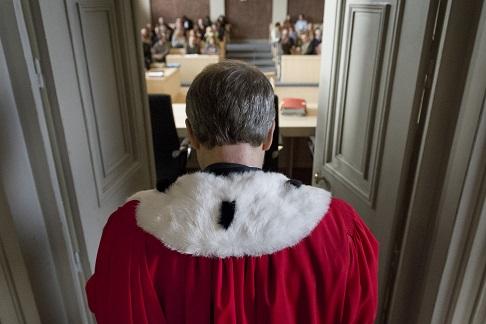 La Corte, l'amore in pretura