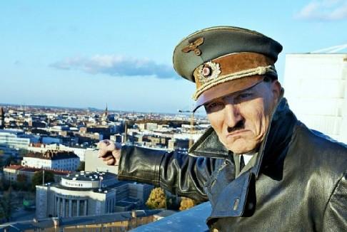 Lui è tornato: quando Hitler diventa pop