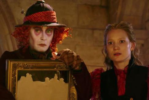 Alice attraverso lo specchio: viaggio contro il Tempo