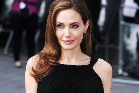 Angelina Jolie sull'Orient Express di Kenneth Branagh