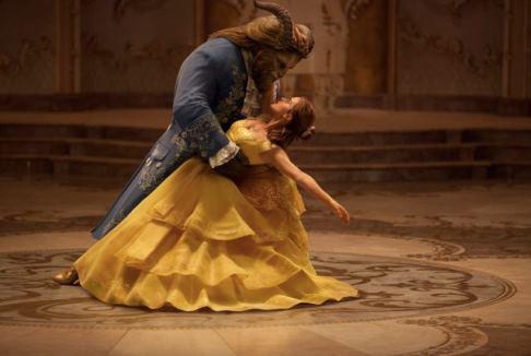 La Bella e la Bestia: stessa melodia, pessima armonia