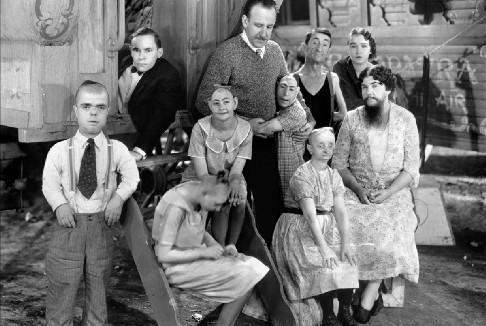 Freaks di Tod Browning torna in sala con la Cineteca di Bologna